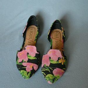 Sole society floral flats NWOT
